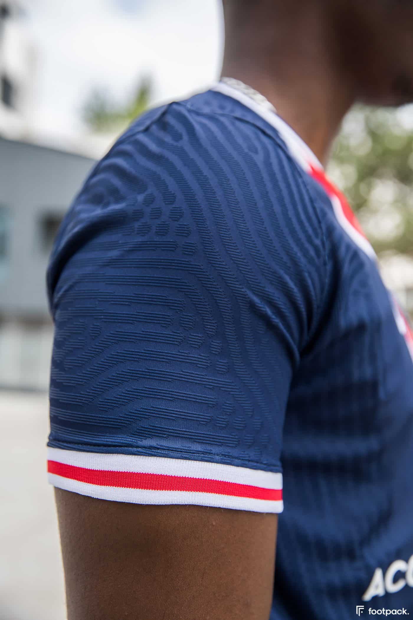 maillot-domicile-psg-2020-2021-nike-footpack-9