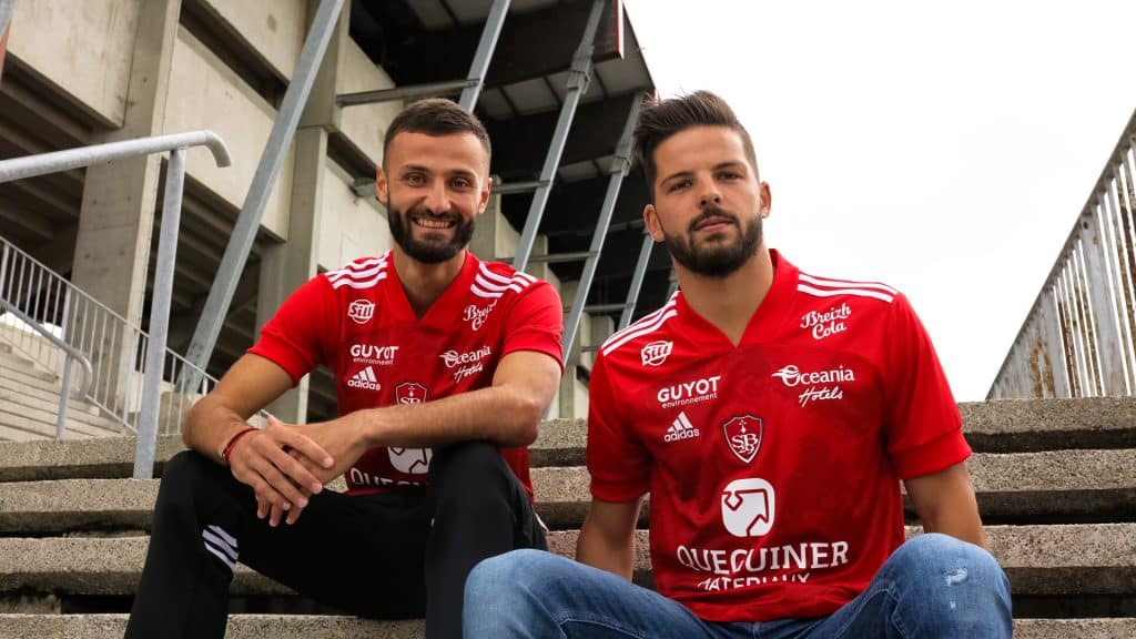 maillot-domicile-stade-brestois-2020-2021-adidas