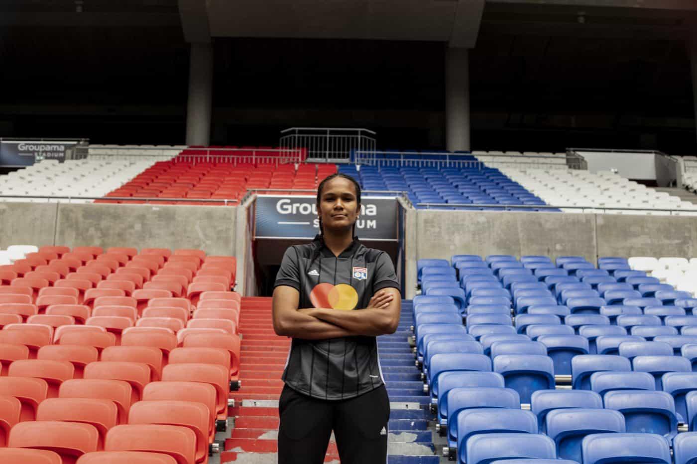 maillot-exterieur-lyon-olympique-lyonnais-2020-2021-adidas-3