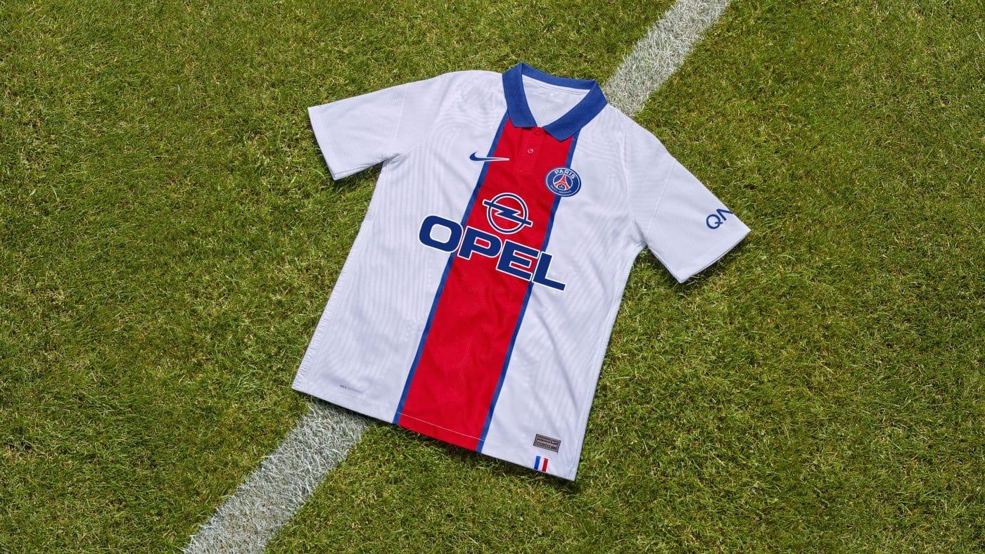 nouveau-maillot-de-foot-avec-anciens-sponsors-psg-opel