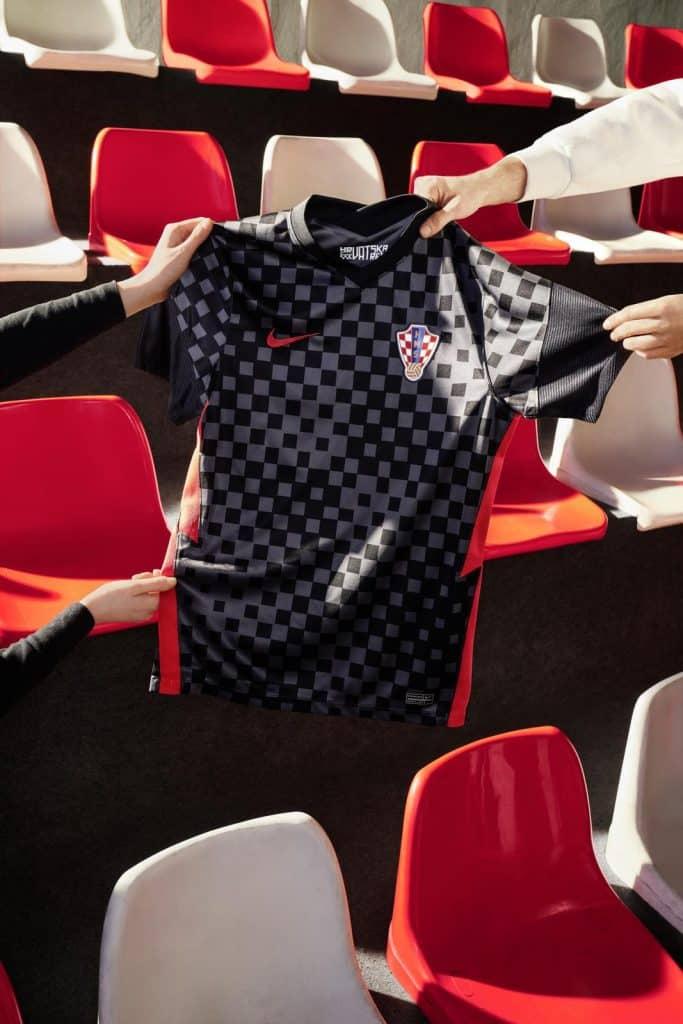 maillot-croatie-2020-2022-nike-1