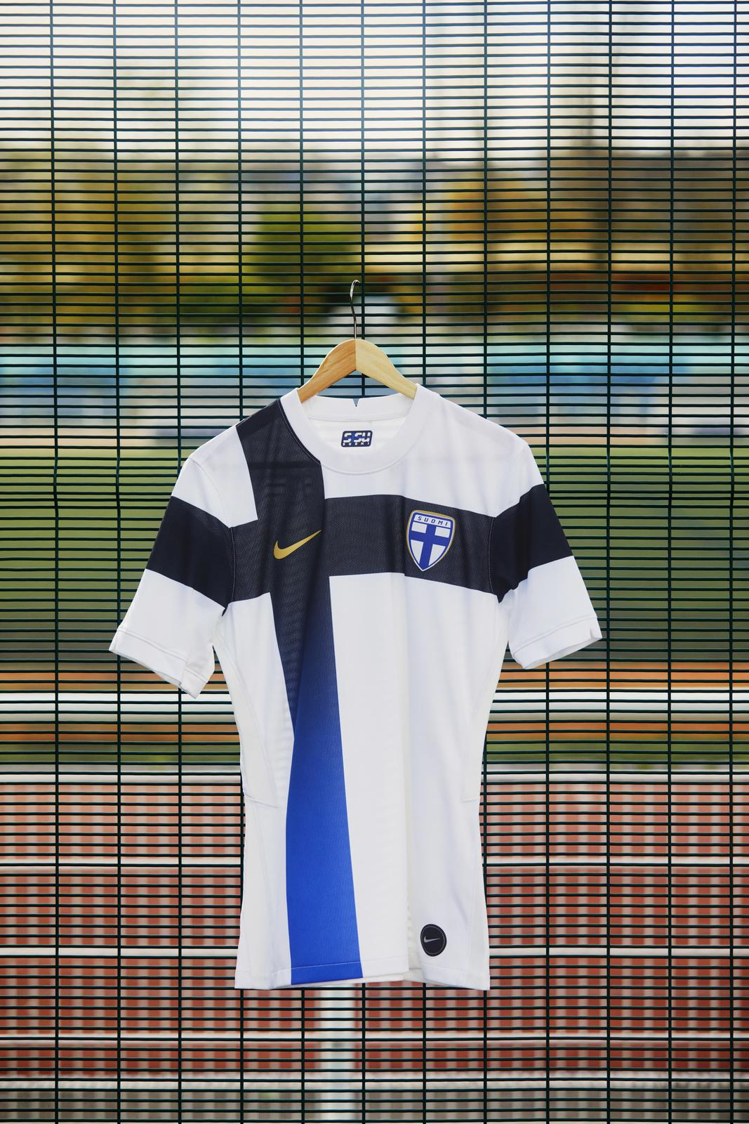 maillot-finlande-2020-2022-nike-4