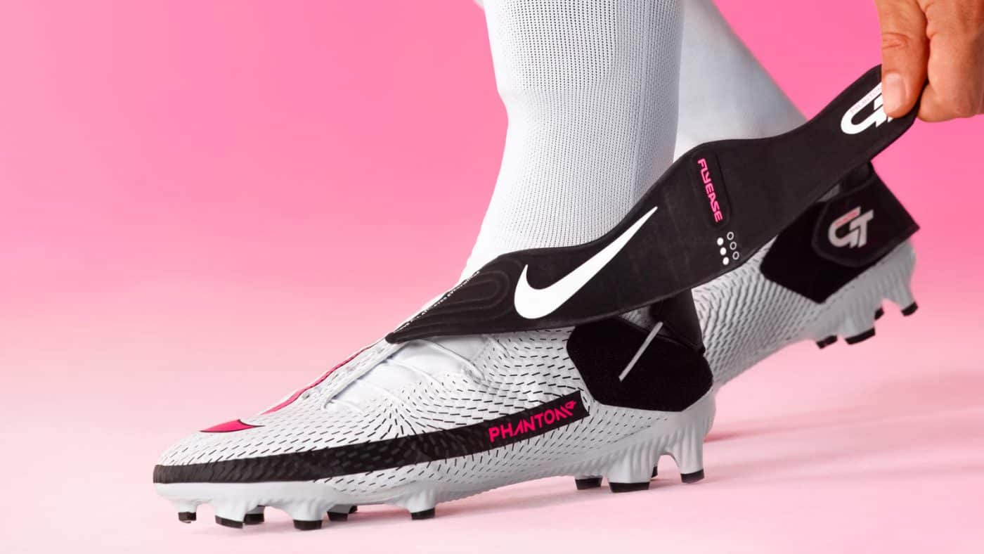 chaussure de foot nike phantom gt