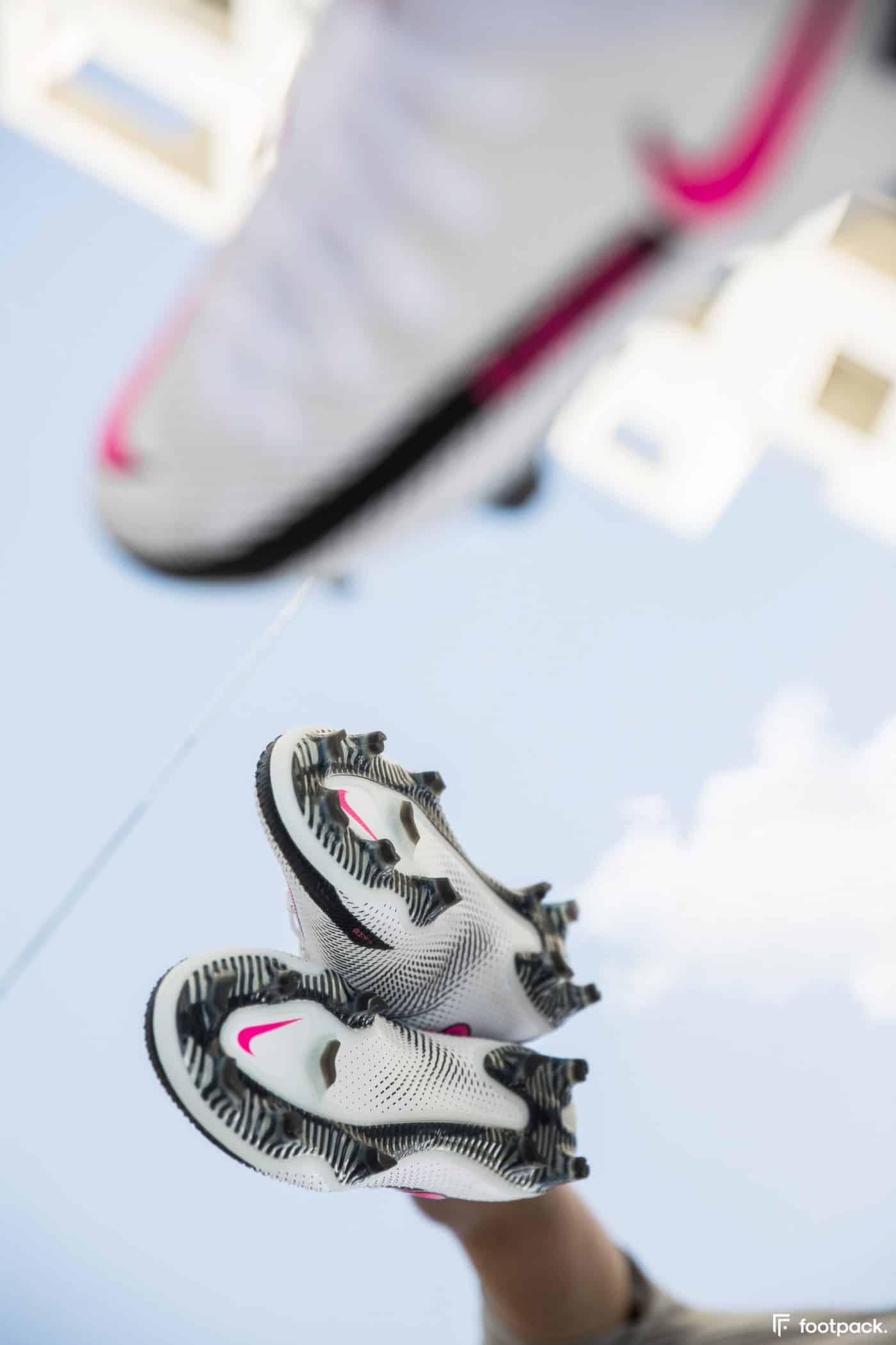 nike-phantom-GT-footpack-10