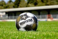Image de l'article Select dévoile un ballon spécial pour la Super Coupe d'Allemagne