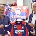 Crotone et la marque Zeus présentent les maillots 2020-2021