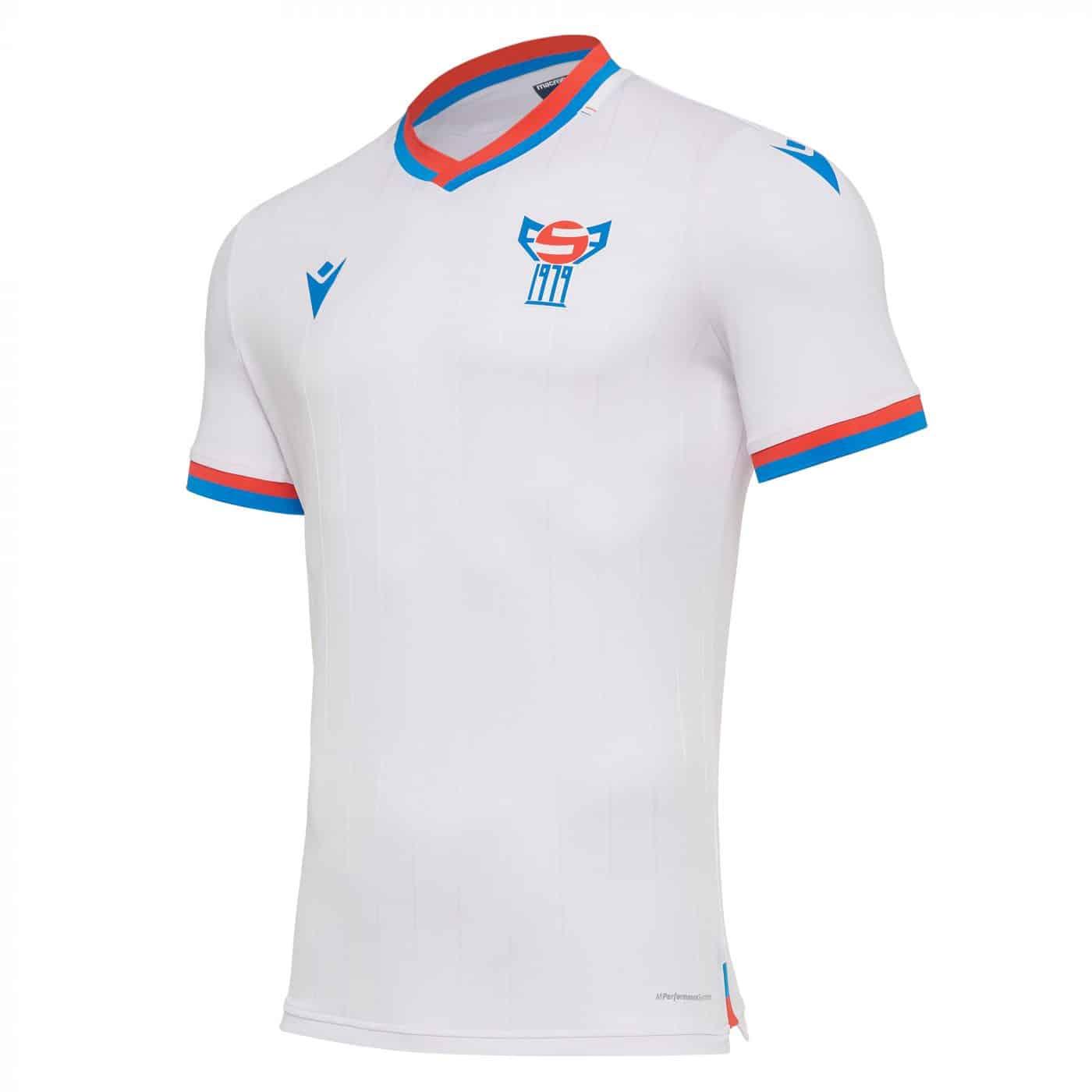 maillot-domicile-iles-feroe-2020-2021-macron-uefa-Faroe-Islands-jersey
