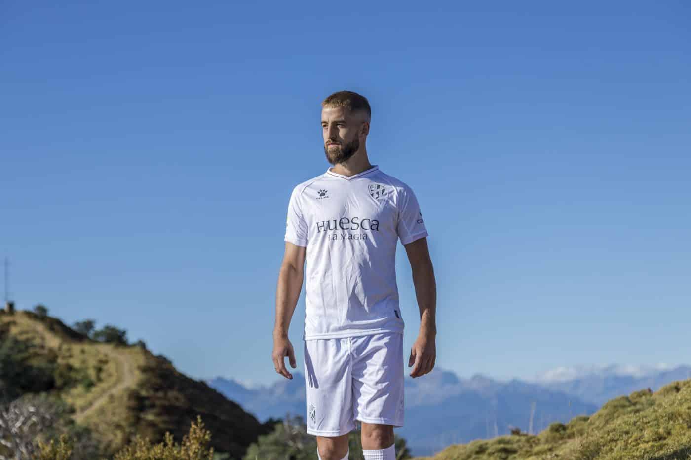 maillot-exterieur-huesca-2020-2021-kelme