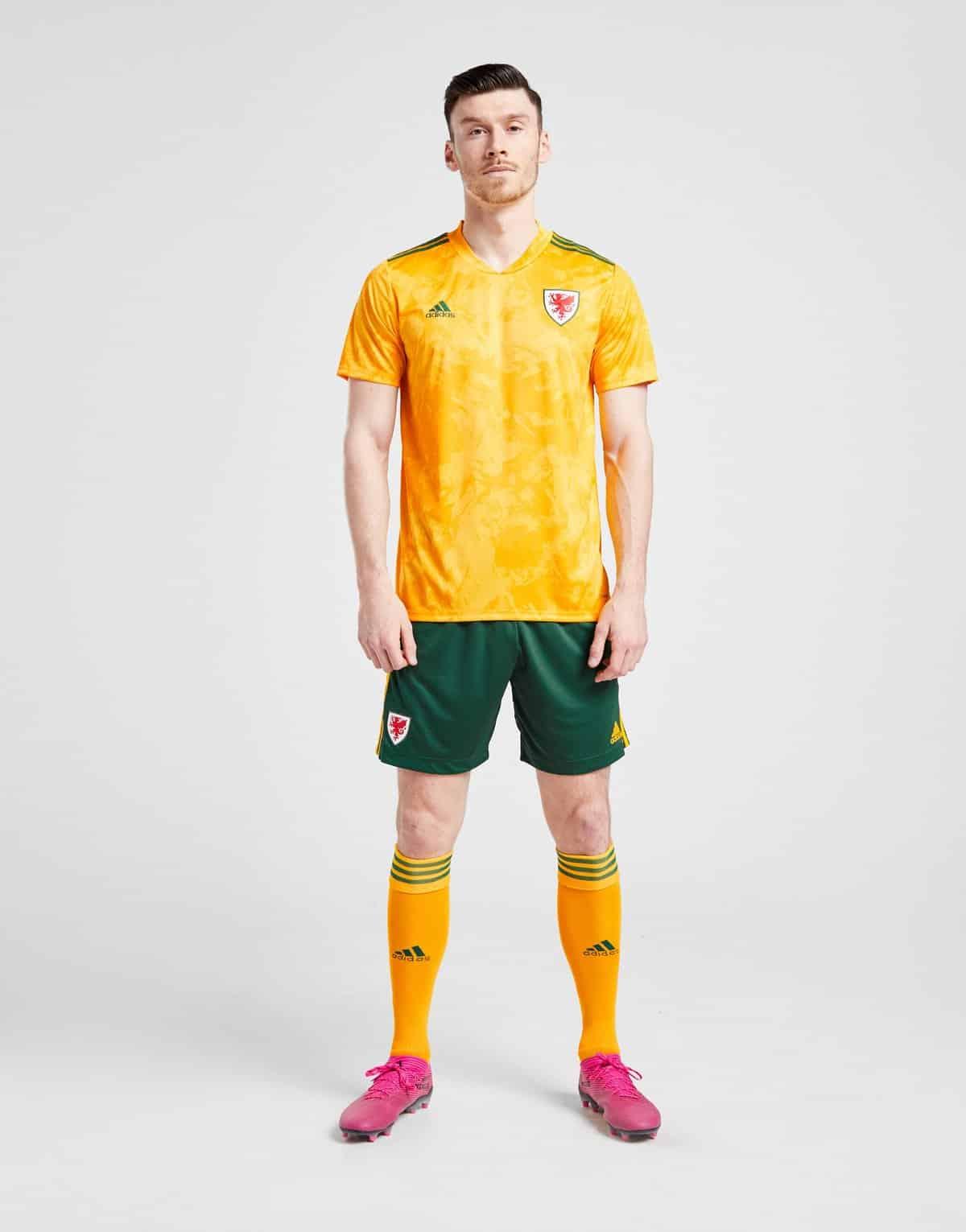 maillot-exterieur-pays-de-galles-2020-euro-adidas-1