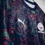 Encore un nouveau maillot pour Manchester City!