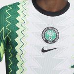 Six mois après la présentation, les maillots du Nigéria sont enfin disponibles