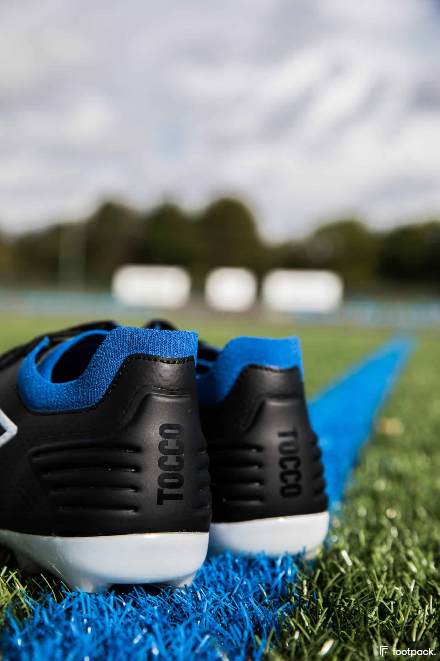 umbro-tocco-noir-bleu-2020-footpack-8