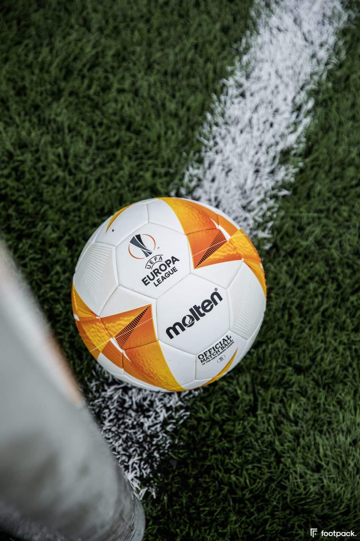 ballon-europa-league-2020-2021-footpack-3