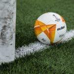 Le ballon de l'Europa League 2020-2021 présenté par Molten