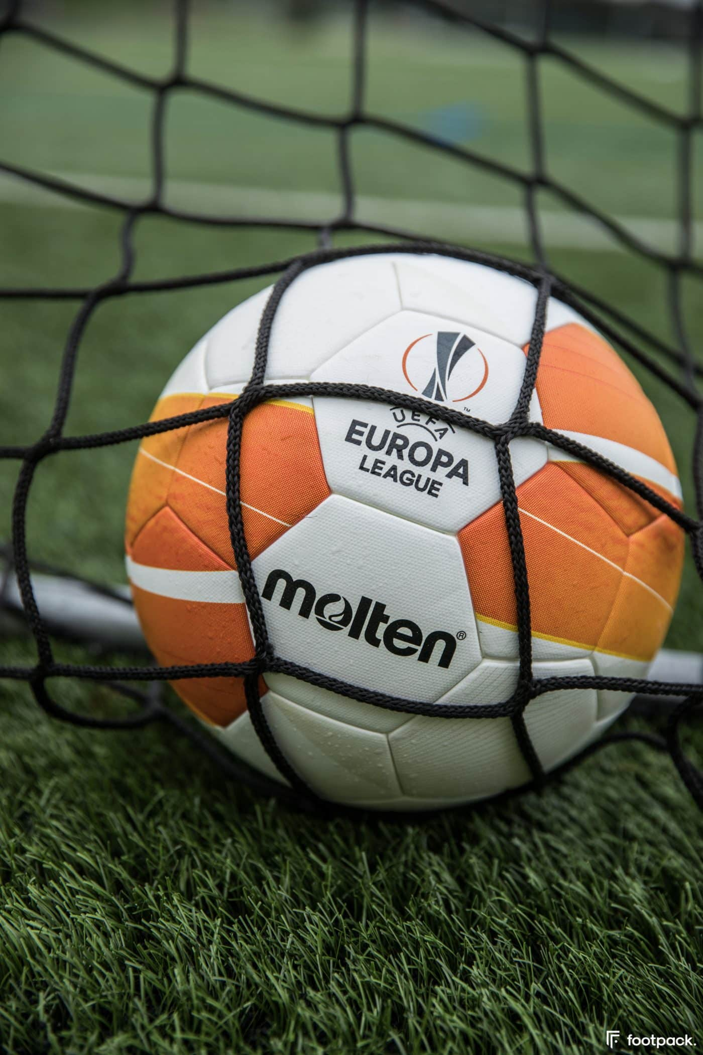 ballon-europa-league-2020-2021-footpack-6