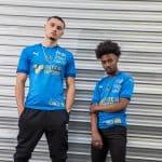 Un maillot third bleu pour le club d'Amiens
