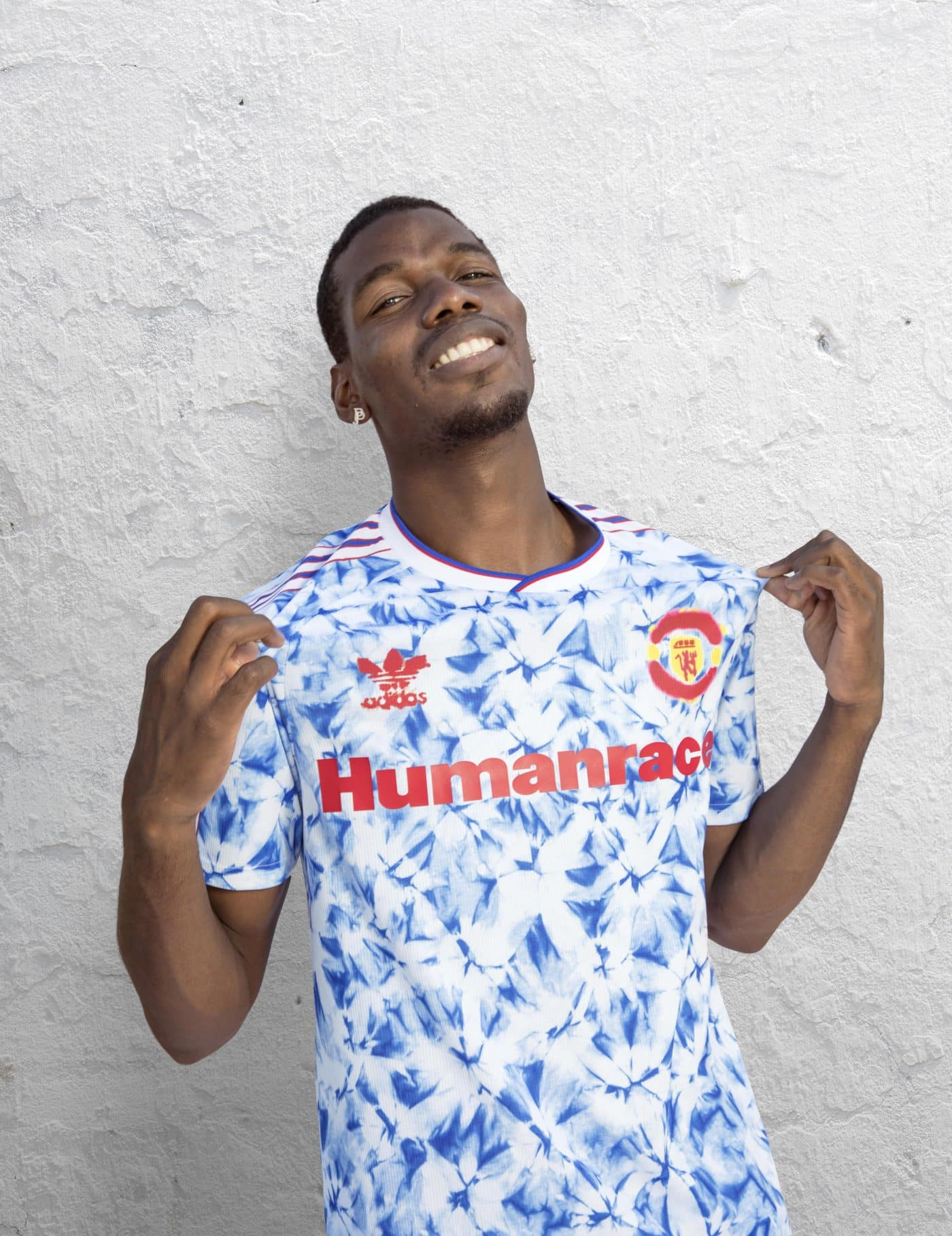 maillot-manchester-united-humanrace-pharrell-williams