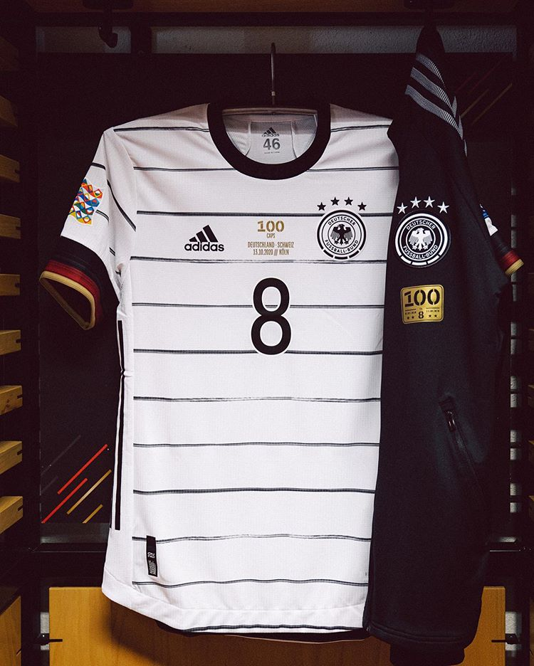 maillot-toni-kroos-100-selections-allemagne-1