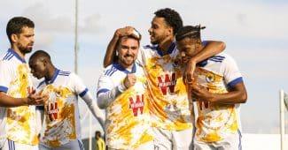 Image de l'article De nouveaux maillots pour le Vinsky FC saison 2020-2021