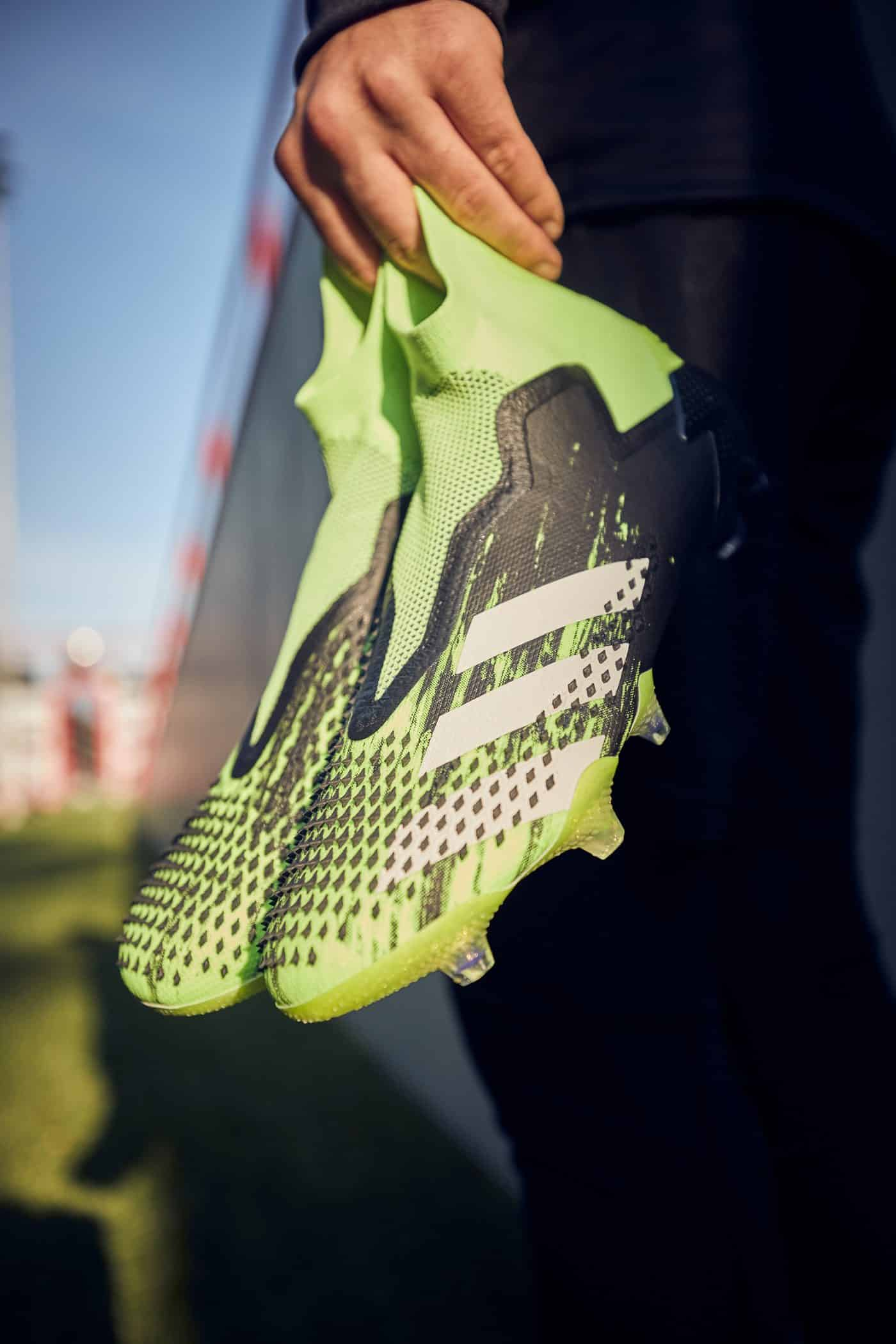 adidas-predator-20+-precision-to-blur-5