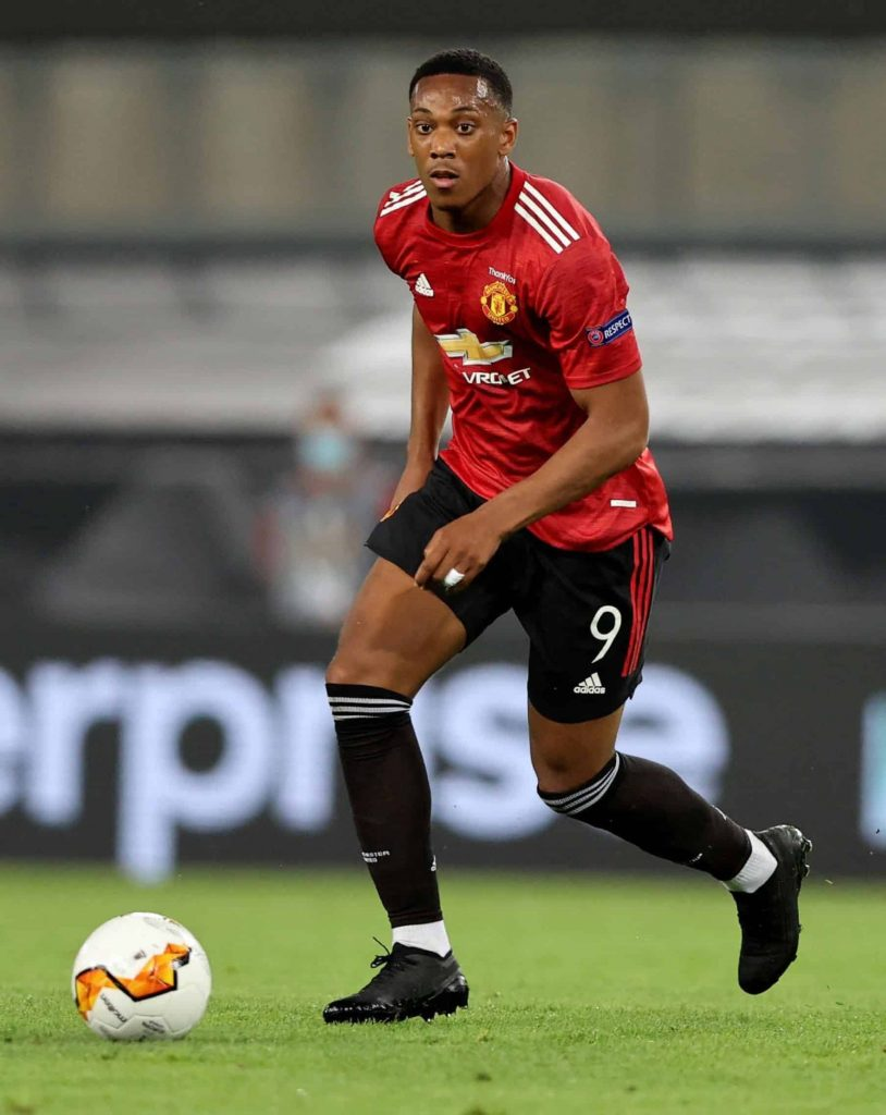 anthony-martial-crampons-masques-puma-scaled-2