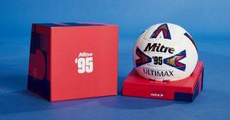 Image de l'article Mitre relance l'iconique ballon de la Premier League, le Ultimax