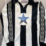 Un collectionneur anglais possède plus de 500 maillots de Newcastle!
