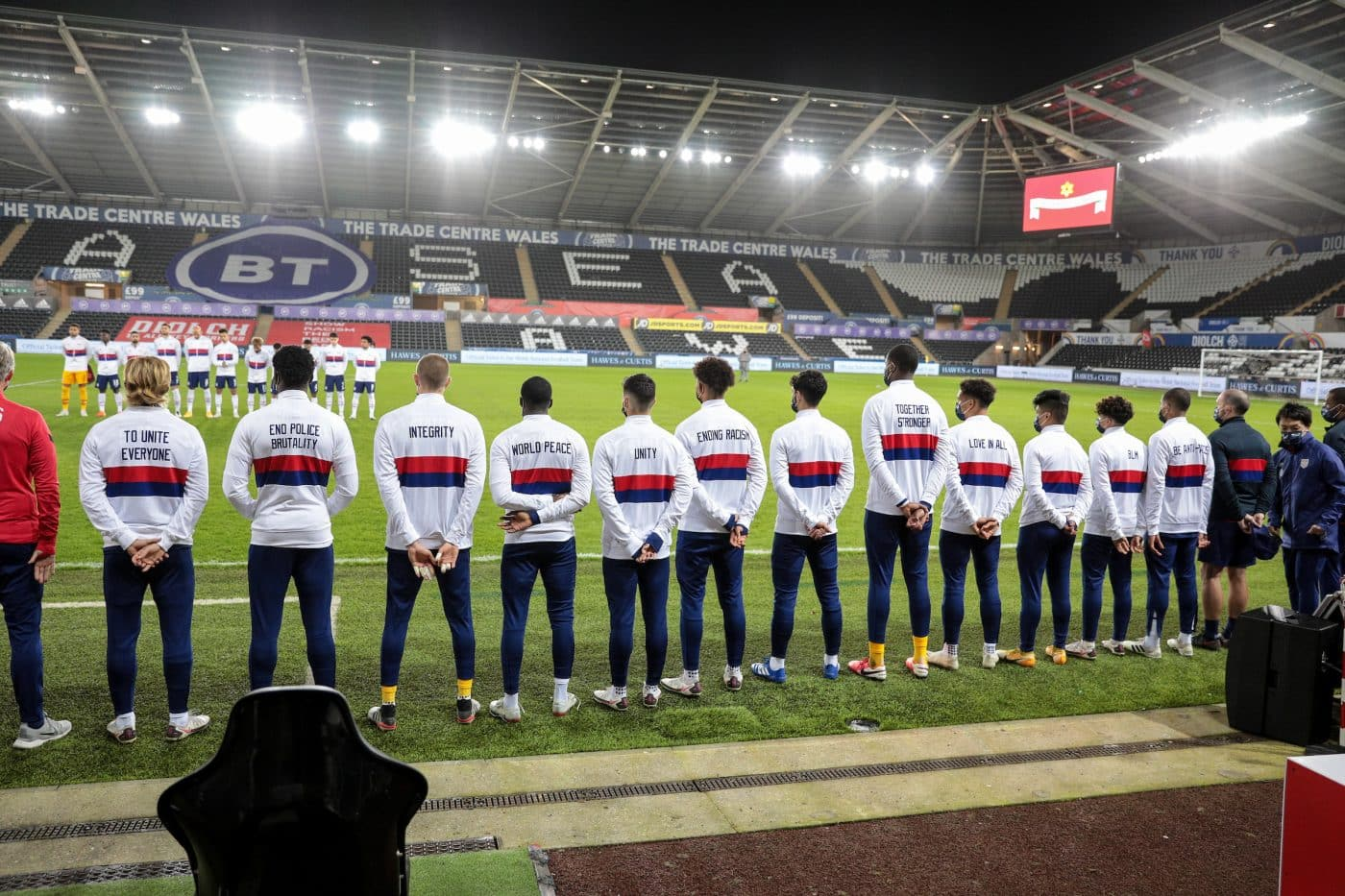 message-veste-etats-unis-football-be-the-change-2