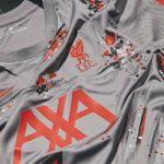 Nike collabore avec un artiste londonien pour revisiter le maillot training de Liverpool