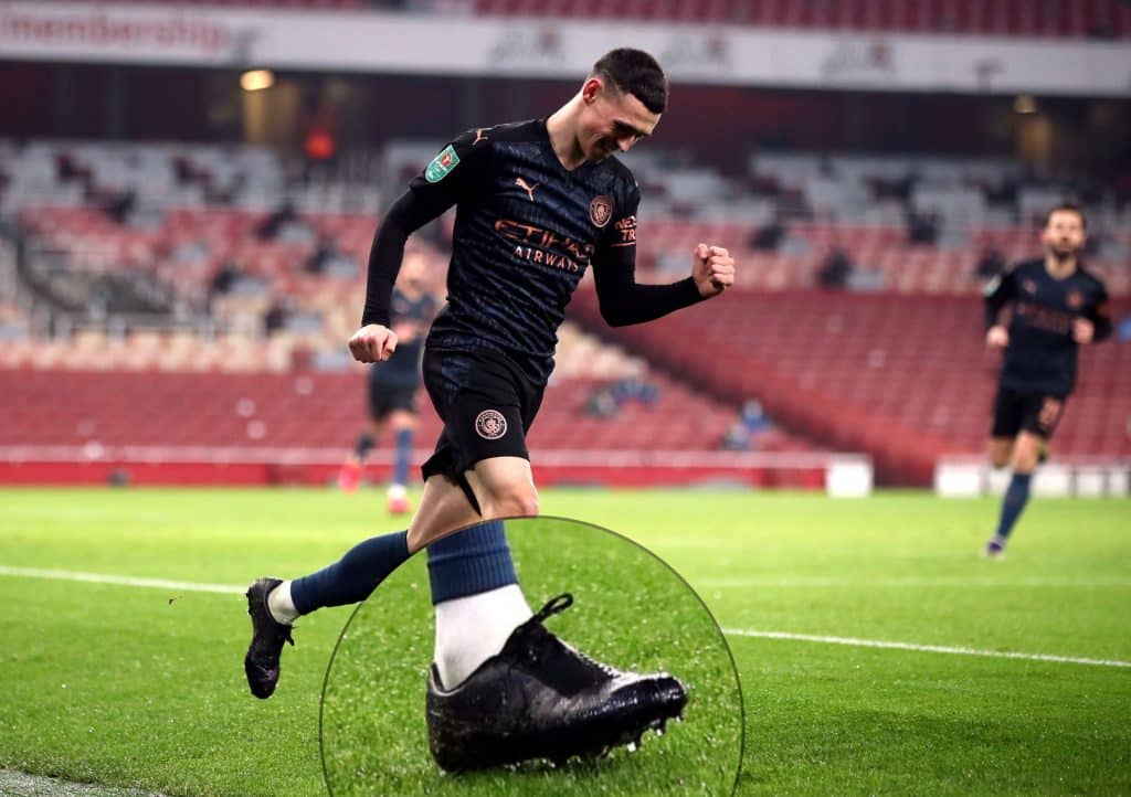 phil-foden-crampons-masques-nike