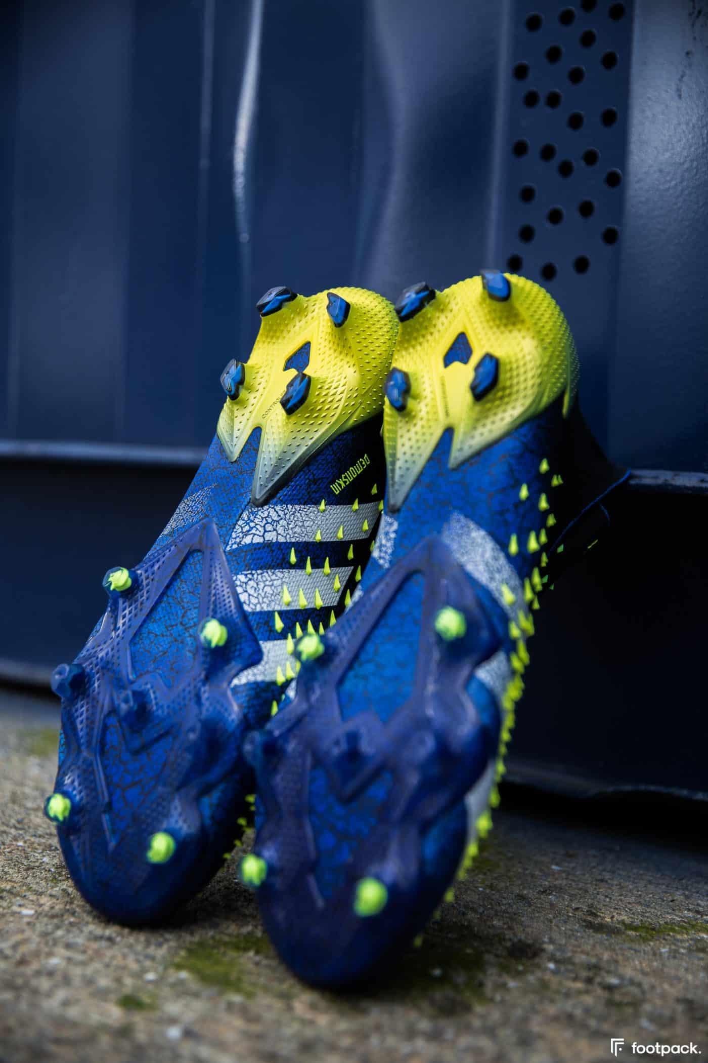 adidas-predator-freak-21-footpack-21