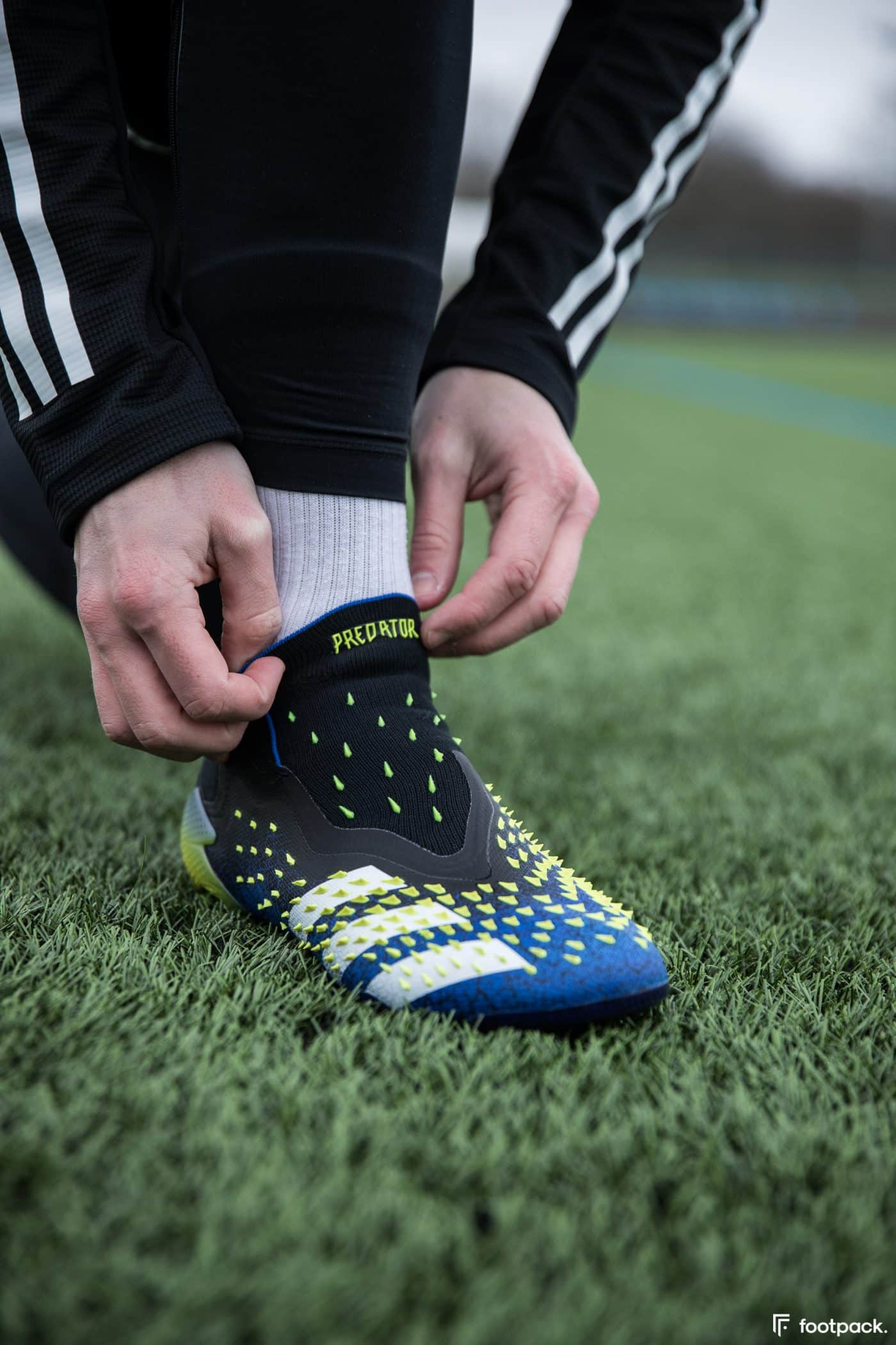 adidas-predator-freak-superlative-footpack-21