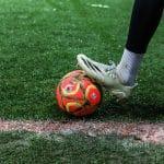 Le ballon spécial neige débarque sur les pelouses de Ligue 1 et Ligue 2
