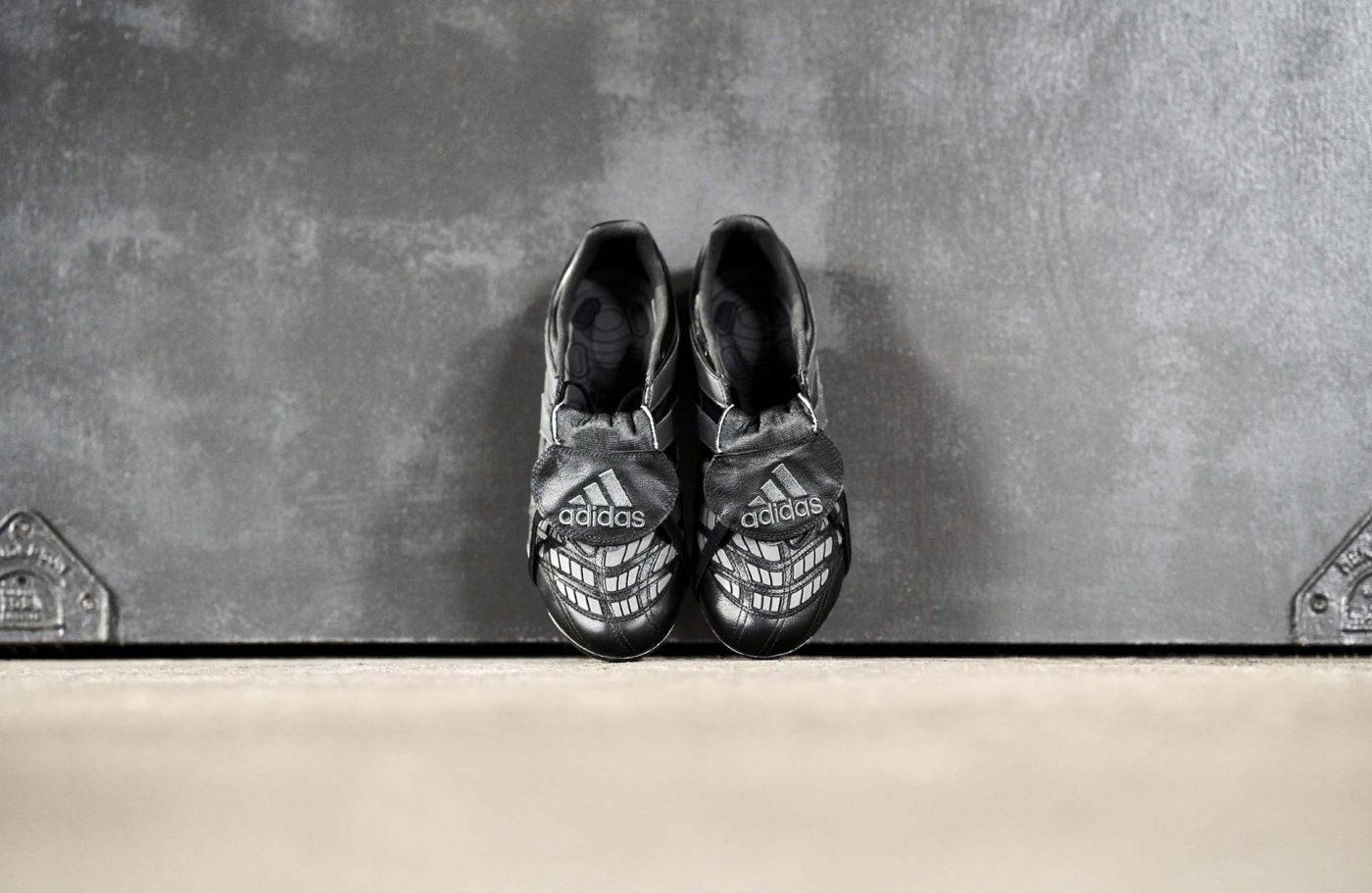 chaussures-foot-adidas-predator-accelerator-blackout-eternal-class-7