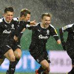 Conçu pour le match face au Bayern, le maillot d'Holstein Kiel devient iconique