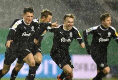 Image de l'article Conçu pour le match face au Bayern, le maillot d'Holstein Kiel devient iconique