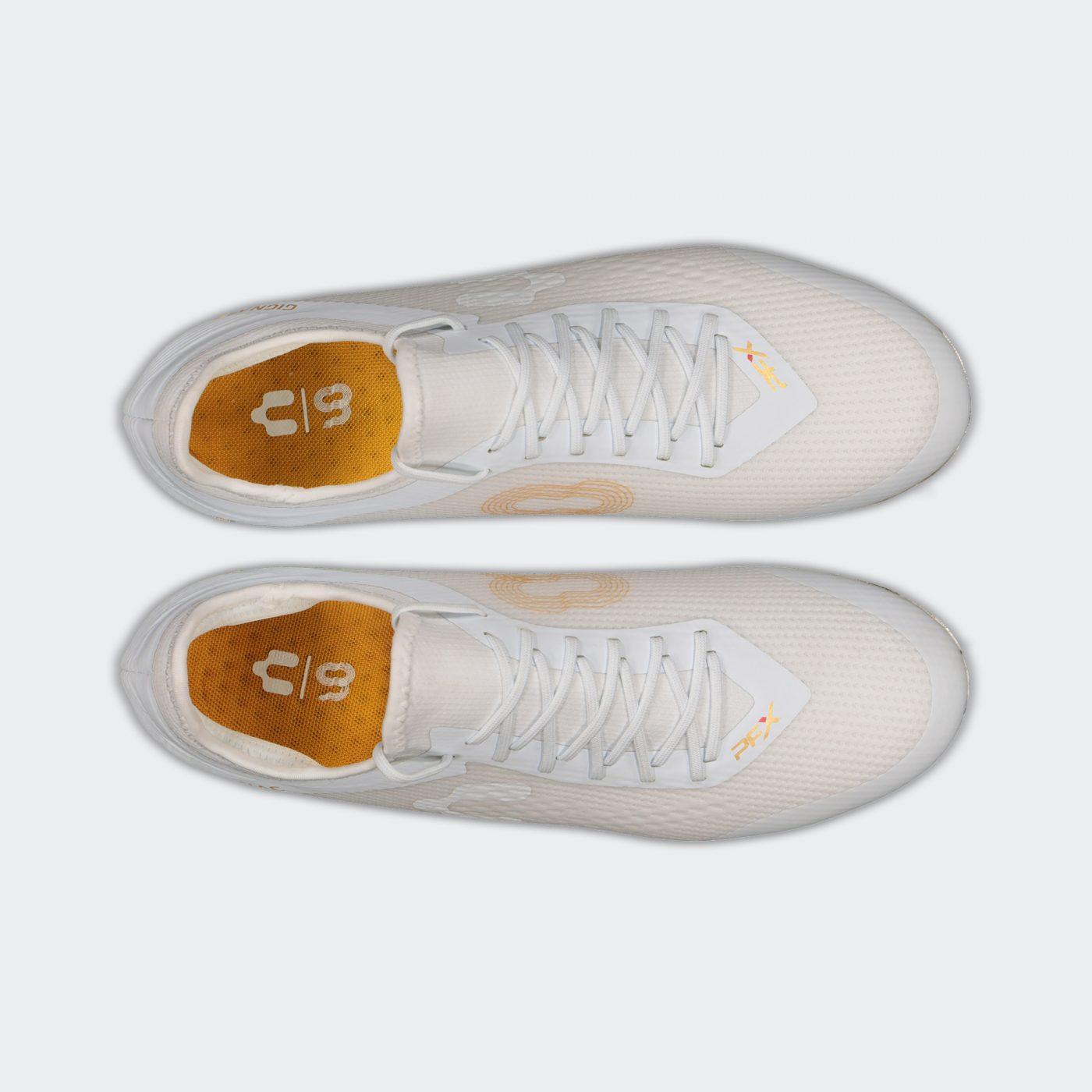 crampons-andre-pierrre-gignac-blanc-or-charly-futbol-5