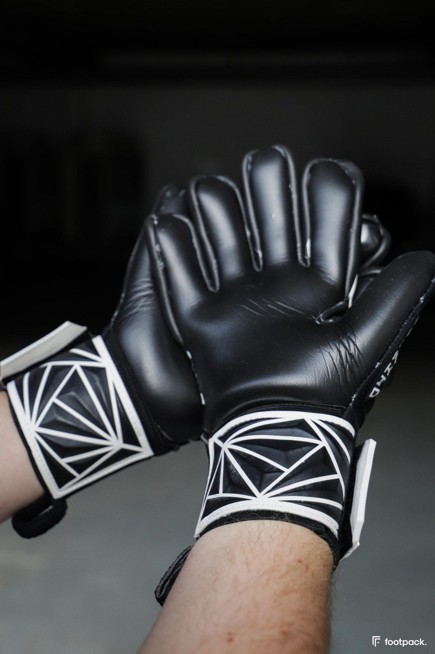 gants-b-save-goleiro-footpack-test-5