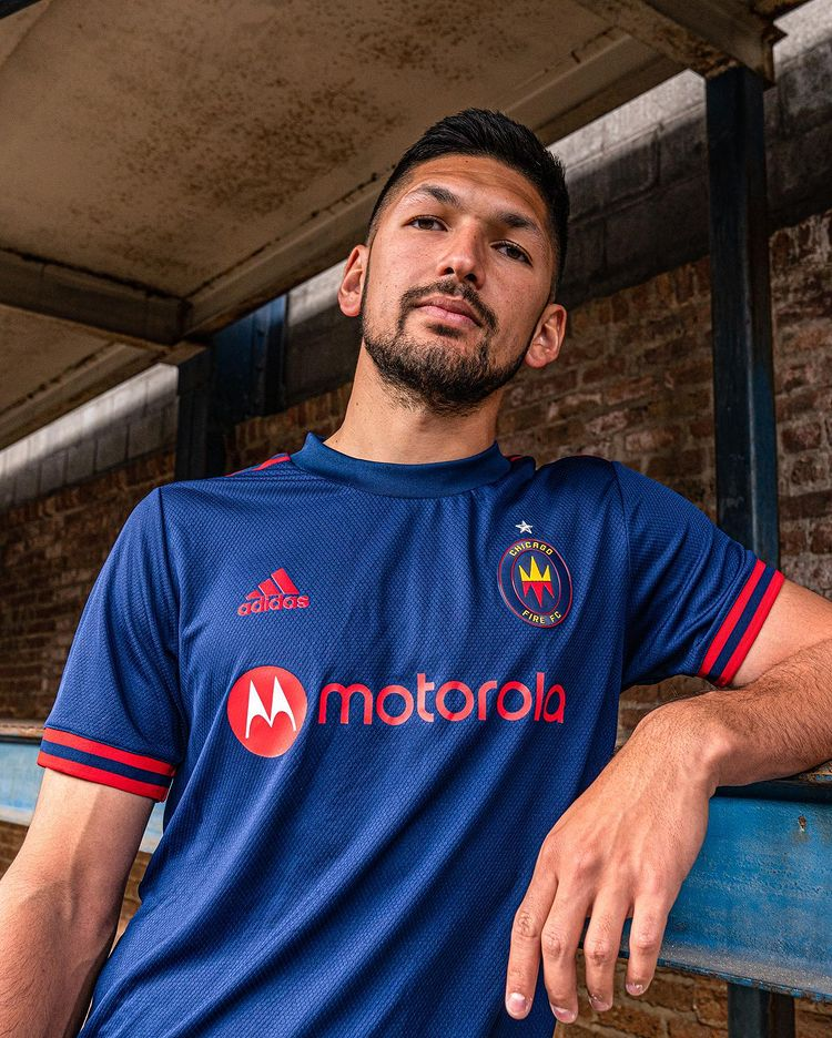 maillot-chicago-fire-2021-2022-domicile-adidas-mls