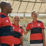 Flamengo présente ses nouveaux maillots adidas pour 2021-2022