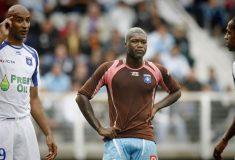 Image de l'article Auxerre-OM : Le jour où l'OM a joué avec les maillots marrons de l'AJA !