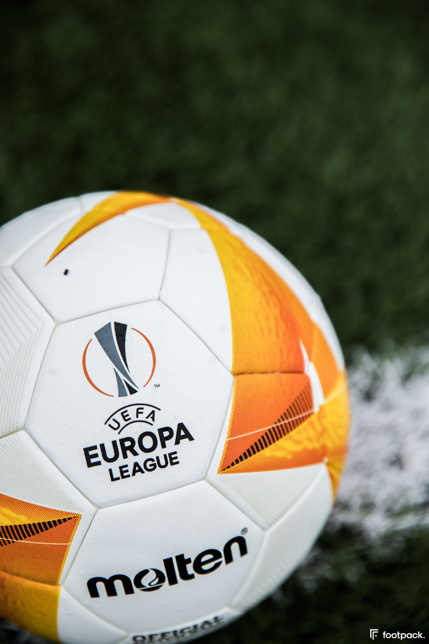 molten-europa-league-conference-league-2