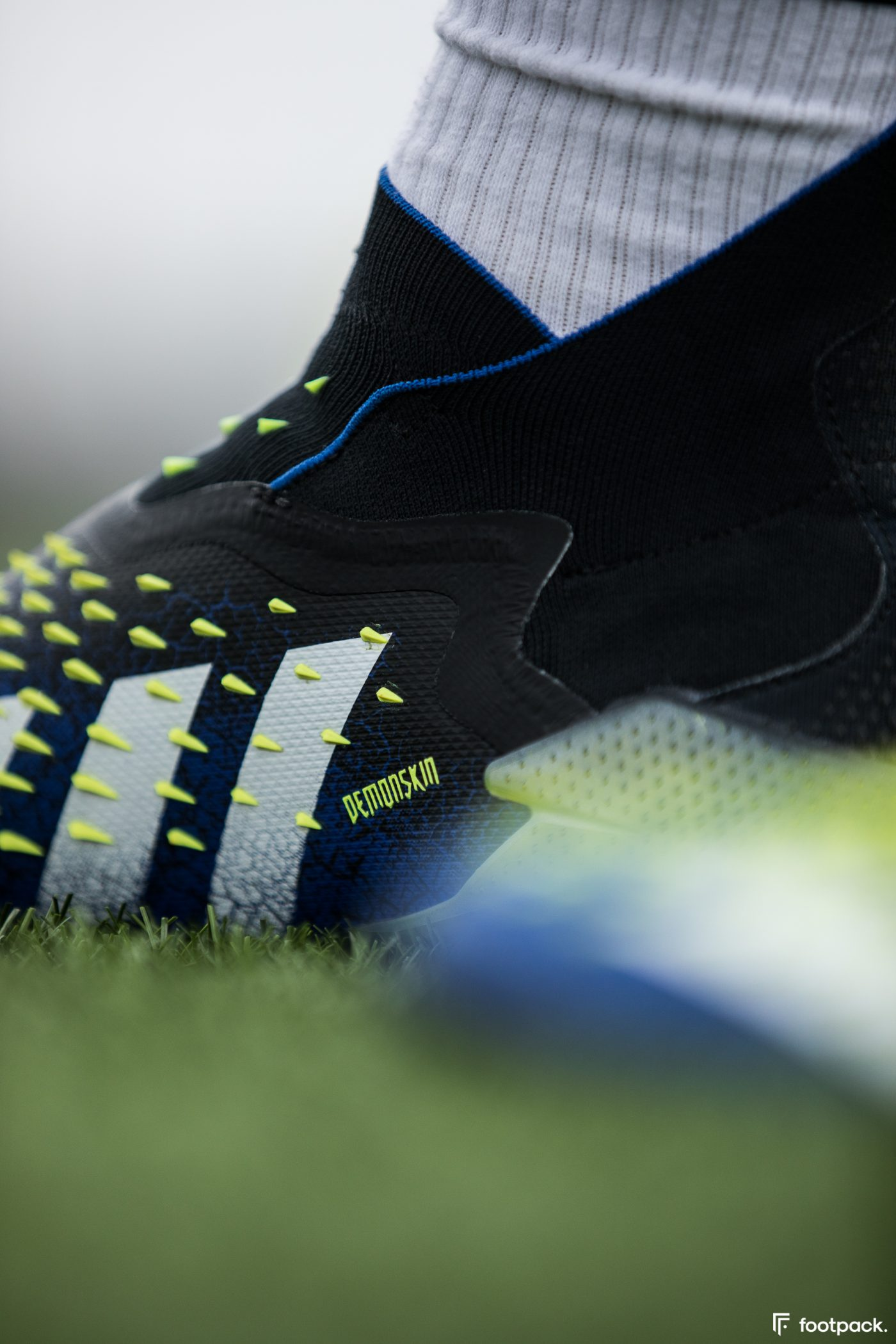 test-adidas-predator-freak+-footpack-37