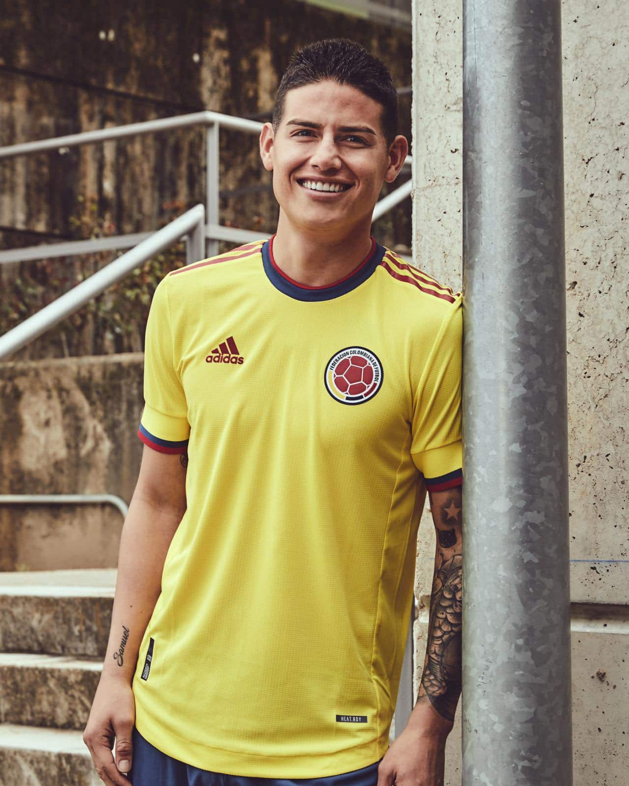 maillot-foot-colombie-2021-4