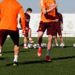 La composition de Real Madrid – Liverpool en crampons