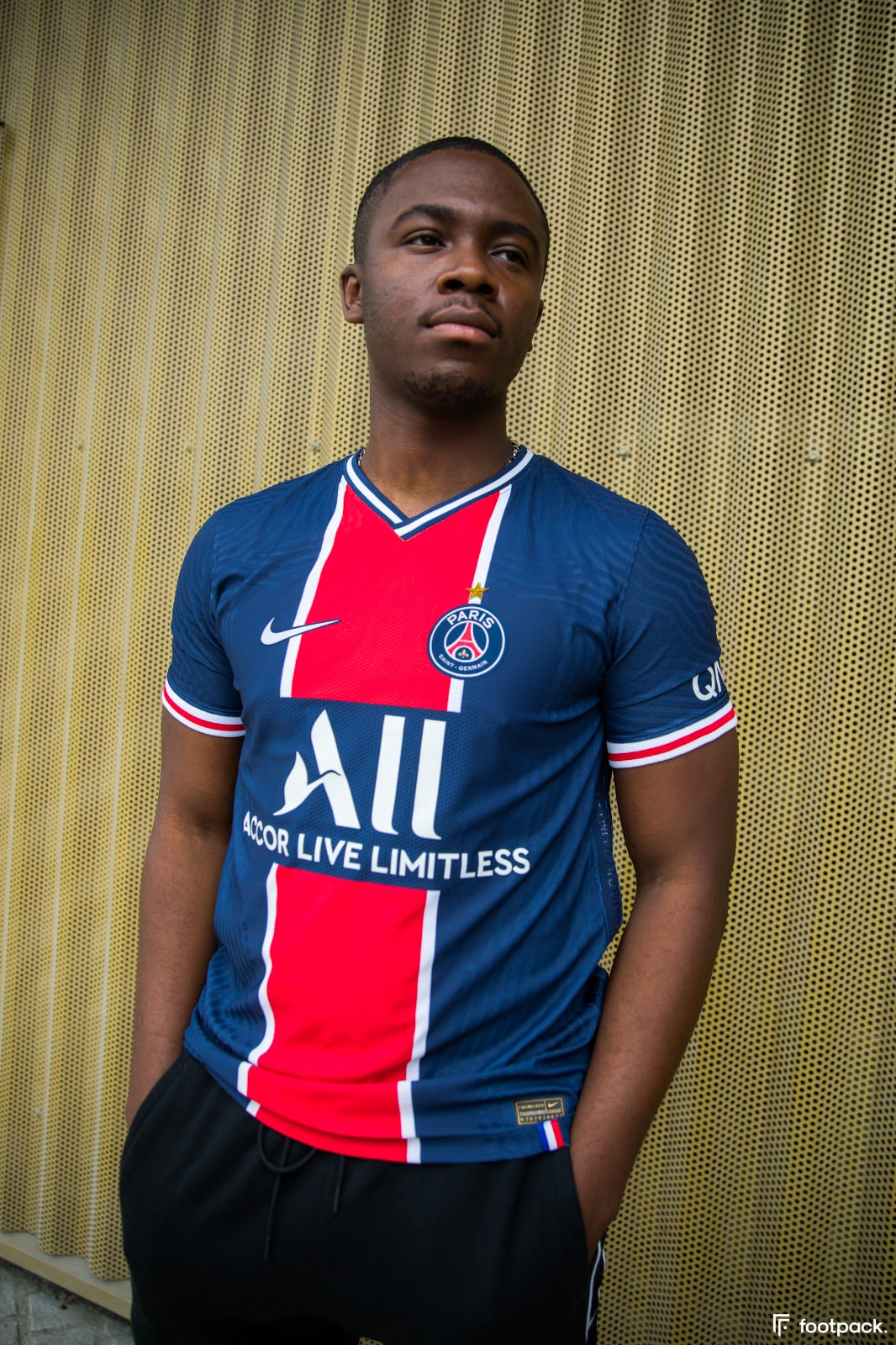 Étoile sur le maillot du PSG en cas de victoire en Ligue 1 / Champions League