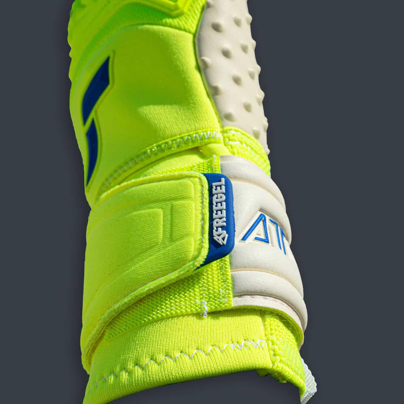 Latex Speedbump gants Reusch