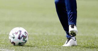 Image de l'article Mesut Özil porte des crampons d'une marque australienne!
