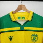 Le FC Nantes réédite son maillot de champion de France 2000-2001!