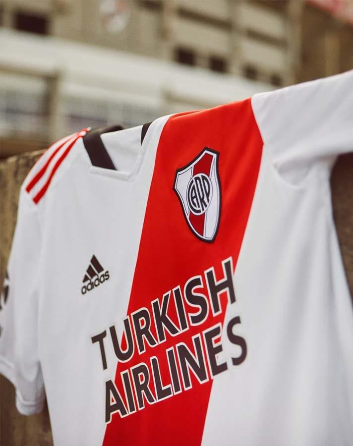 Maillot River Plate 2021-2022 domicile